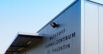 Im Zuge der Neugestaltung des Altstoffsammelzentrums in St. Valentin wurde eine neue Lagerhalle mit den dazugehörigen Außenanlagen errichtet.