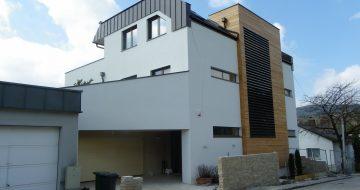 Bauträger in Linz - moderne Bauweise - Wohnhaus Linz - Neubau - Hentschläger Privatbau - Holzfassade