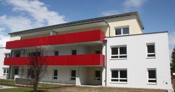 In der Hanfpointstraße entsanden in zwei Bauabschnitten drei Wohngkomplexe mit insgesamt 26 Wohneinheiten. Großzügige Loggien bzw. Balkonlösungen!