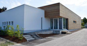 Kinderbetreuungszentrum - Neuromed Campus - Hentschläger Holzbau - Hentschläger Zimmerei - Zimmerei in Mauthausen - Holzfassade