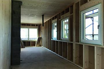 Riegelbau - Hentschläger Bau GmbH - Holzfertigbau - Holzhaus - Holzbauwelt - ökologisch bauen mit Holz - Zimmerer - Zimmermeisterhaus - Holzhausbau - Holz - bauen - Zimmerei - Klimaholzhäuser - Holzbauweise